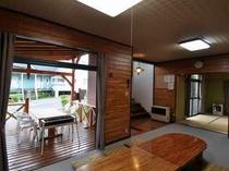67. リビング・和室・テラス・キッチンを一体で使える快適さ 【〜8名様:しゃくなげ3号館】