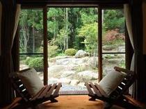 26. 庭を眺めながらゆっくり座れる 【〜4名様:しゃくなげ23号館-スウィートⅢ】