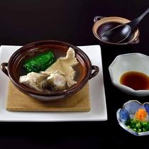 *【夕食・鍋物】ふぐ鍋。冬時期限定のお鍋です。