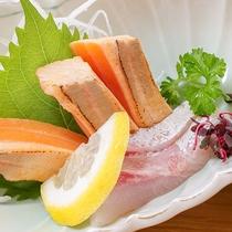 *【夕食一例】安来ならではの山の幸・海の幸を使ったお料理をどうぞ。