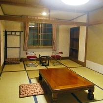 *【客室一例】ゆったりと手足を伸ばして寛げる和室のお部屋です。