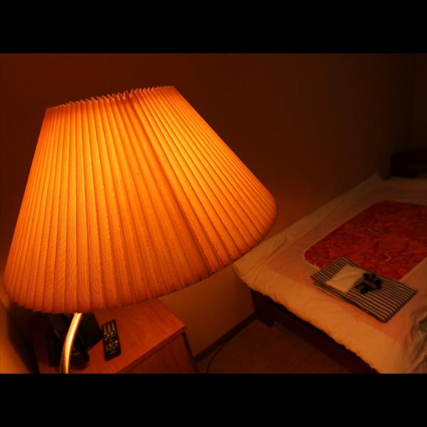 【客室】明るく広々としたシングルルーム