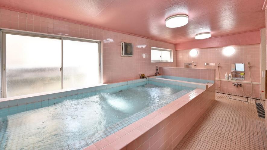 *男性専用大浴場一例/サウナも完備。お仕事のお疲れをリフレッシュしてくださいね。