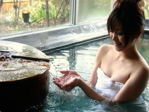 温泉でゆっくり【旅館で素泊り】駅近5分の「天然温泉」露天風呂・氷・Wi-Fi・電子レンジ