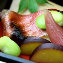 *金目鯛の西京焼き(※昼食弁当料理一例です)