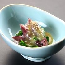 *蛍烏賊と菜の花の酢味噌和え [前菜一例](春期)