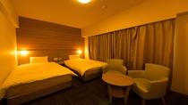 ■禁煙ツインルーム② シモンズ社製ベッド ベッドサイズ100×200cmが2台 16平米