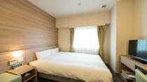 ■禁煙ダブルルーム シモンズ社製ベッド ベッドサイズ140×195cm 12平米