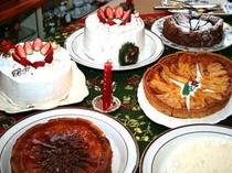 Xmasデザートバイキングのアリスママ手作りのケーキが並ぶ!