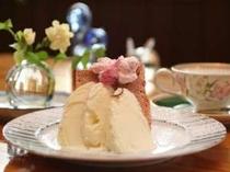 ほんのりと桜の香り・さくらシフォンケーキ