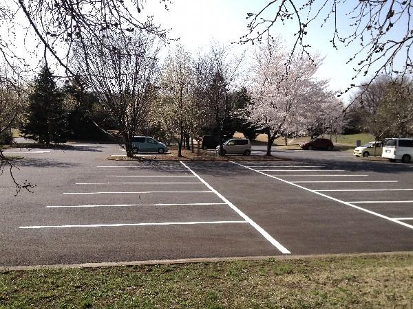 無料駐車場 100台