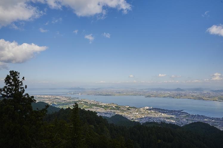 レストランからの琵琶湖の眺め