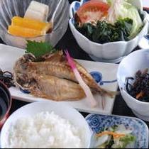 朝食1(朝食例焼き魚)