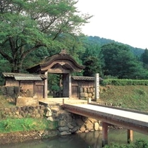 【周辺観光】朝倉氏遺跡門前(当館より車で約30分)