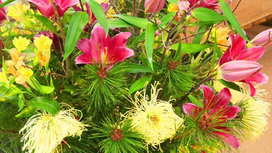 季節のお花が彩ります