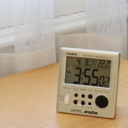 目覚まし付デジタル時計
