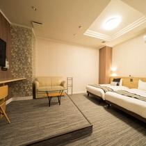 【ファミリーツインB(3名利用】■25平米■ベッド140cm幅1台・110cm幅1台