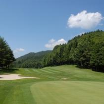 *【ゴルフコース】高原の風を感じながら、ゴルフプレーを満喫。