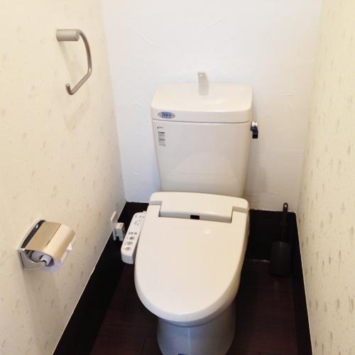 【客室トイレ】ウォシュレット機能付きトイレ