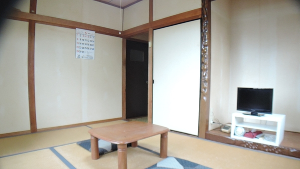 本館和室(バストイレ共同)