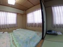 客室(6畳二間)