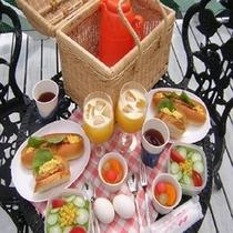 バスケット朝食
