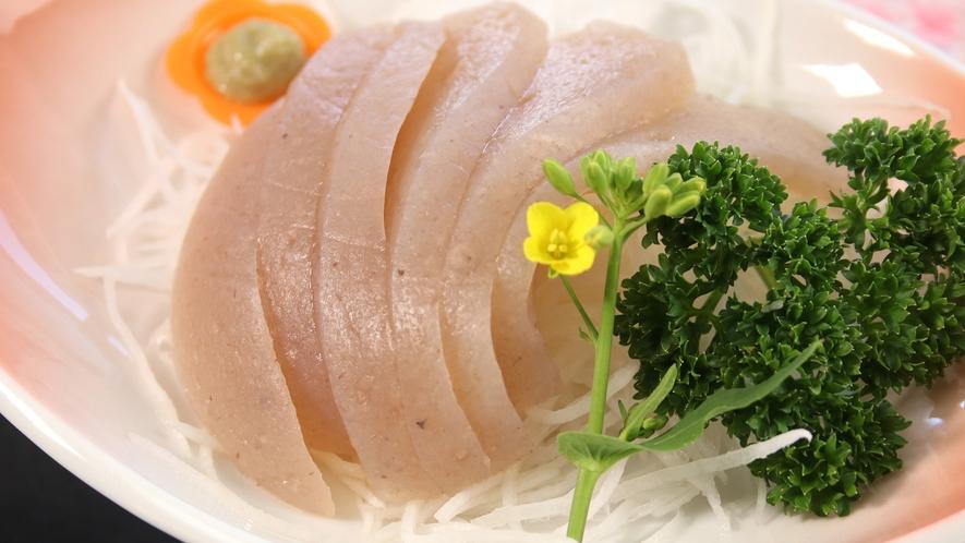 ☆名物祖谷の刺身こんにゃく!プルプルで弾力のある食感が特徴です