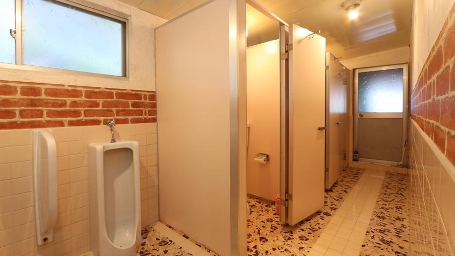 ☆トイレは男女共同になっております
