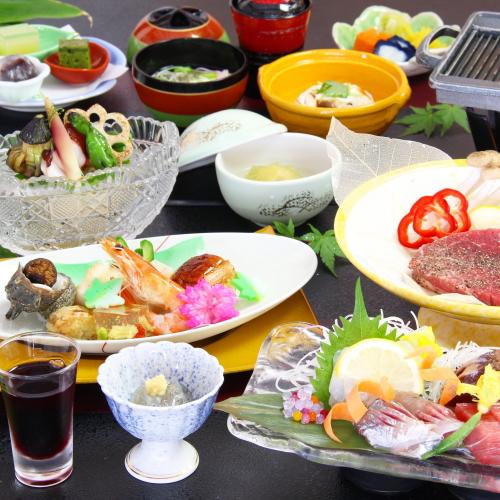 【スタンダードコース〜夏〜】夏の旬の素材(野菜、魚など)を使用した献立になります