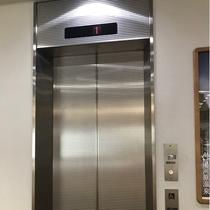 各階のご移動はエレベーターをご利用いただけます。