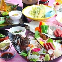 【雅コース】伊勢海老を中心としたとれたて新鮮な刺身盛合せなどをコースでお召し上がりいただきます。