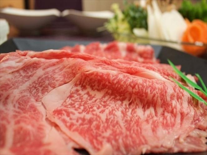 岡山県産・黒毛和牛で豪華すき焼きを堪能♪