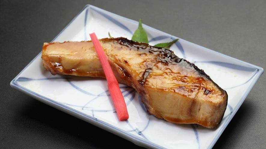 ボリューム満点の魚は日替わりです。何が出るかは当日のお楽しみ♪