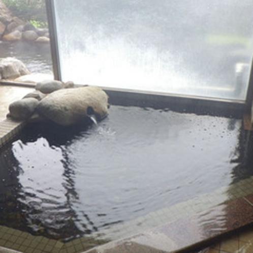 *内風呂/ゆっくり温まって、疲れを癒していただけます。