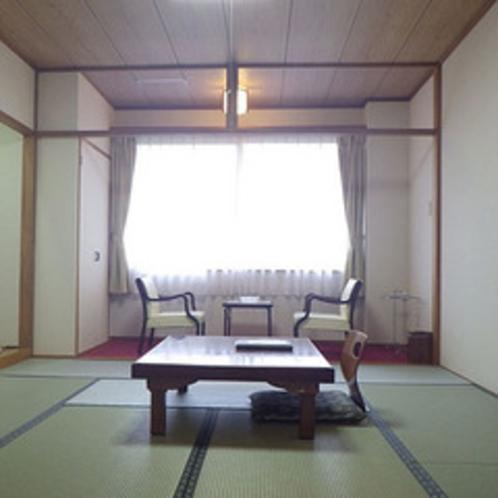 *客室一例/畳のお部屋でしっとりと。本でも読みふけりながら。