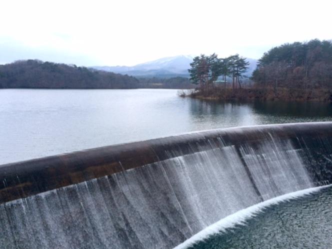 千貫石堤/温泉の裏山にあります