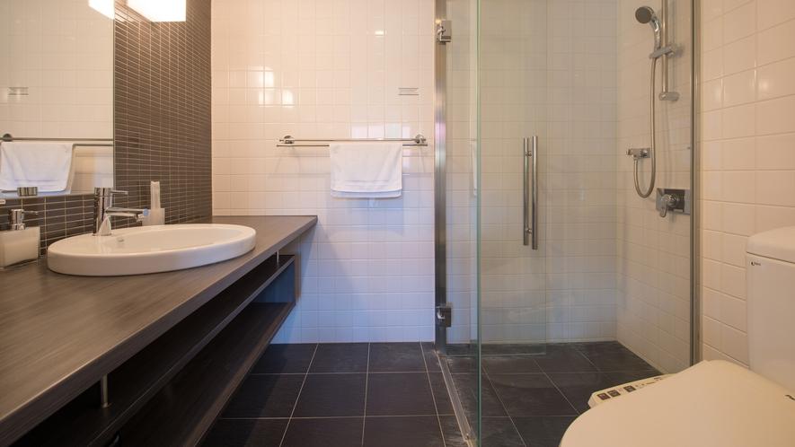 【スタジオルーム】浴室(シャワーブースのみ)