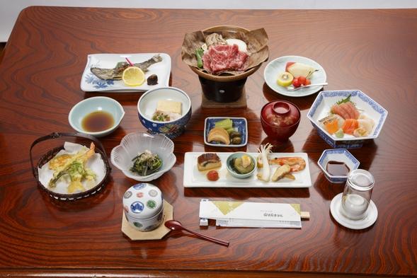 【新・湯治(夕朝付き)】お試し1泊から湯治体験・日替わりの湯治食でリフレッシュ