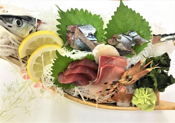グレードアップ料理 季節のお刺身舟盛