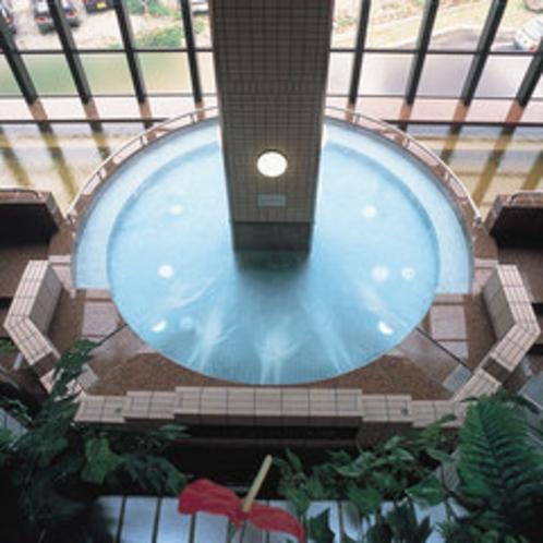 【ジャグジー】地下1,160mから湧き出る天然温泉をお楽しみ下さい。