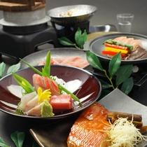 金目鯛を刺身、煮付け、釜飯それぞれのお料理でご堪能ください。