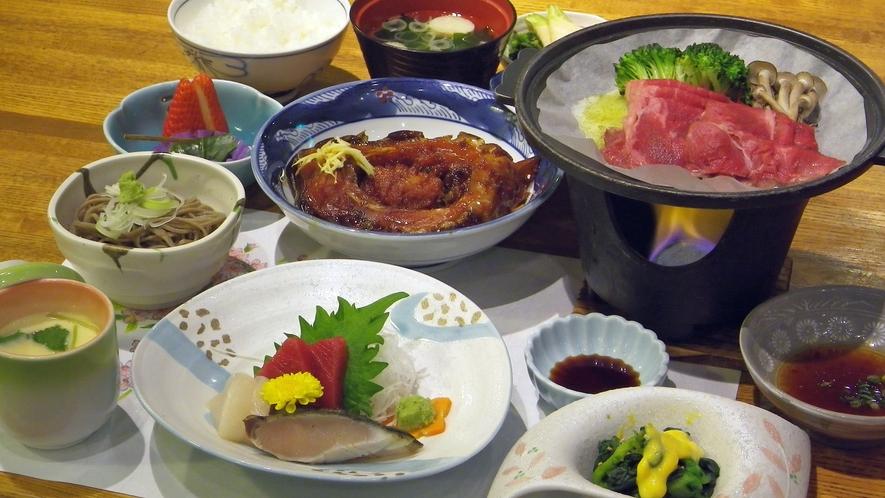 *夕食一例/季節の会席料理。メインは信州牛の陶板焼き