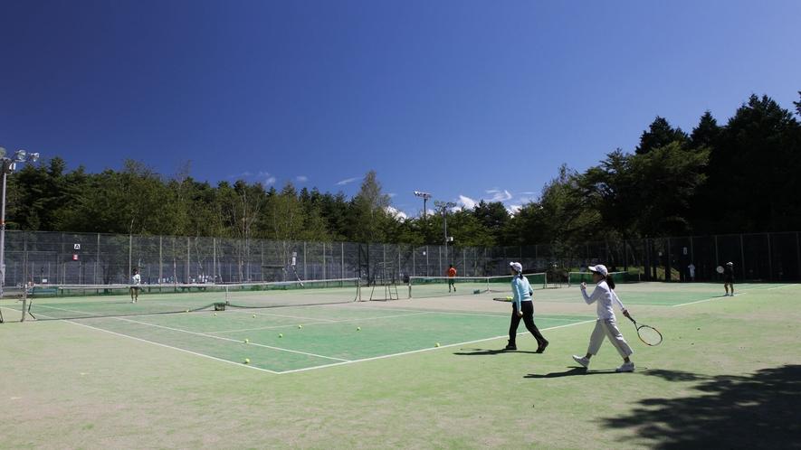 *大芝高原内施設《テニスコート》/高原の自然の中気持ち良い汗をかいてリフレッシュ!