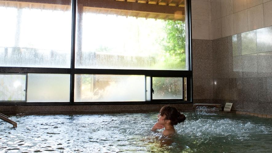 *館内大浴場/24時間入れる本館の大浴場。混雑を避けたい方にお勧めです。
