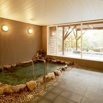<大浴場>白浜温泉の良湯をゆっくりご堪能下さい。湯あがりのお肌はすべすべもちもち。