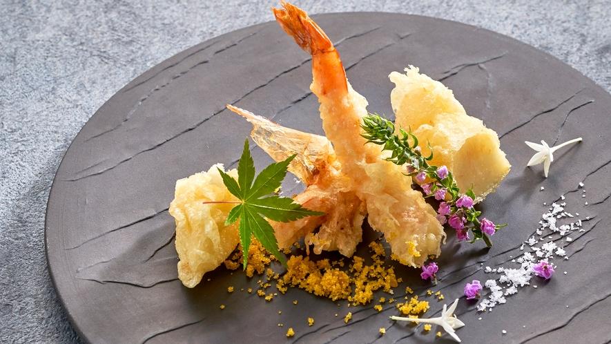 *<夕食一例>和食・洋食のコラボレーション「お箸で食べる、フレンチ会席」!