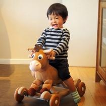 ロビー ☆お子様用の遊具やおもちゃもご用意しています