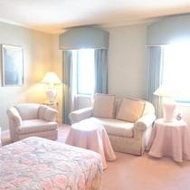 208号室Bordeaux 37㎡ ツイン アメニティ ロクシタン