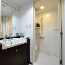 *バス/洗面台やお風呂は広々と利用できる点が高評価です