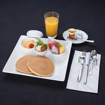 *お子様用ご朝食(一例)/みんな大好きパンケーキ